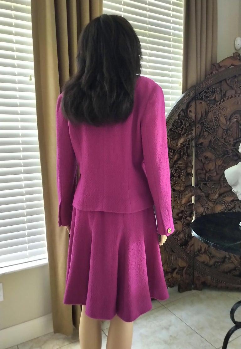 Rare Vintage Chanel 1980's CC Pink Violet Tweed Jacket Skirt Suit FR 40/ US 6 8 For Sale 3