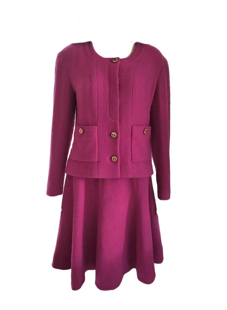 Rare Vintage Chanel 1980's CC Pink Violet Tweed Jacket Skirt Suit FR 40/ US 6 8 For Sale