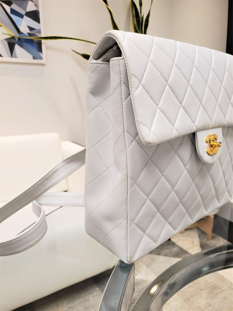 Women's Rare Vintage Chanel CC Quilted White Lambskin Leather Classic Flap Backpack For Sale