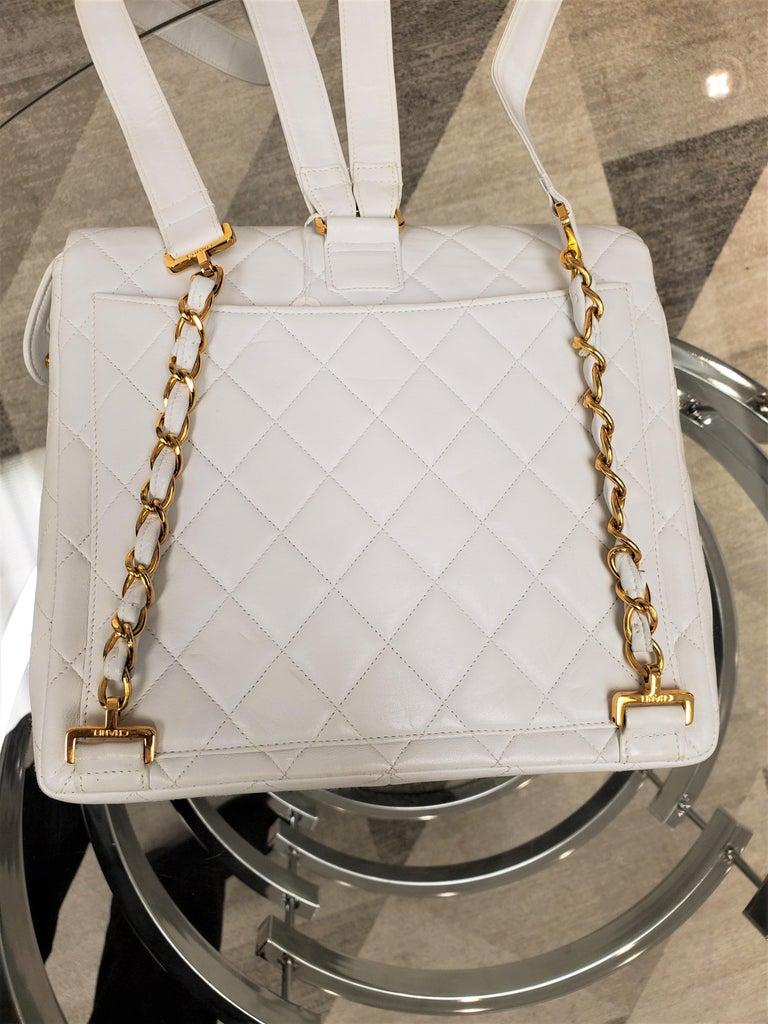 Rare Vintage Chanel CC Quilted White Lambskin Leather Classic Flap Backpack For Sale 2