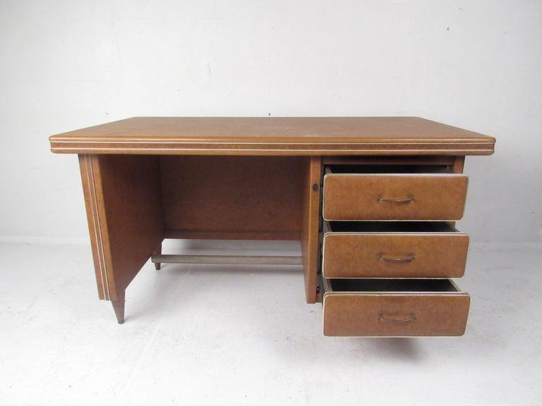 Mid-Century Modern Rare Vintage Modern Italian Desk by Umberto Mascagni For Sale