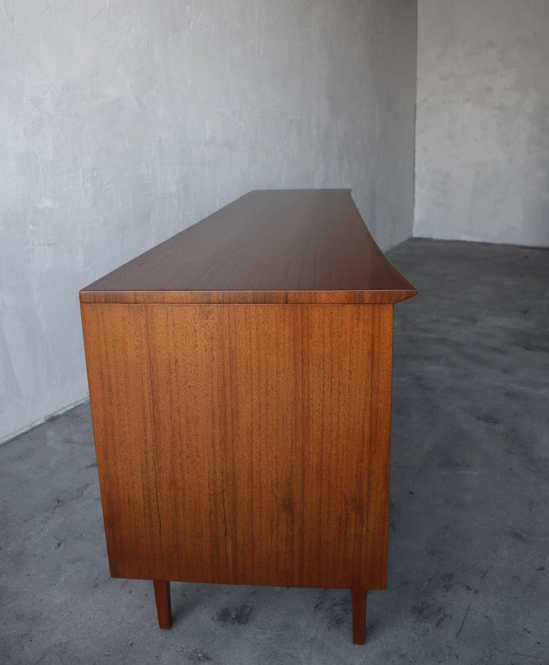 Rare Walnut and Rosewood Mid Century Dresser by Lane For Sale 4