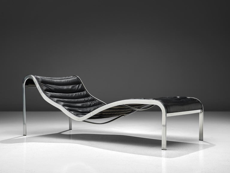 Olivier Mourgue for Airborne, chaise longue, black leather, steel, France, 1960s  A rare chaise lounge from the 'Whist' collection by Olivier Mourgue. Only 10 pieces were produced of this model. This chaise longue was featured in the James Bond