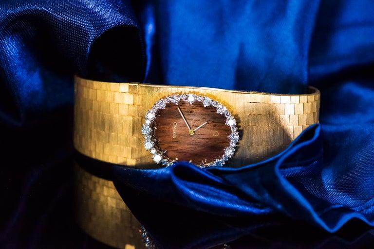 Rare Wide 1970s Omega Diamond Set Wood Dial 18 Karat Yellow Gold Bracelet Watch For Sale 12