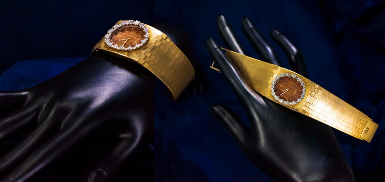 Rare Wide 1970s Omega Diamond Set Wood Dial 18 Karat Yellow Gold Bracelet Watch For Sale 2