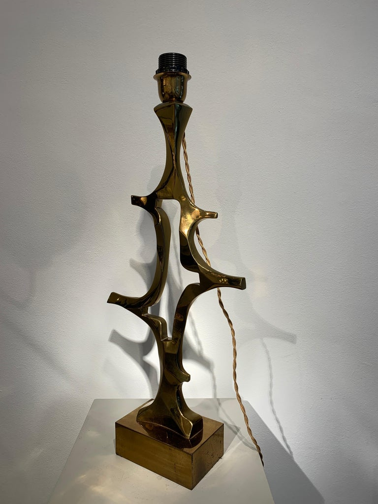 Cast Rare Willy Daro Brass Table Lamp, 1970s For Sale