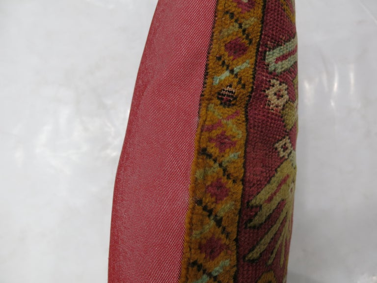 Raspberry Turkish Rug Pillow In Good Condition For Sale In New York, NY