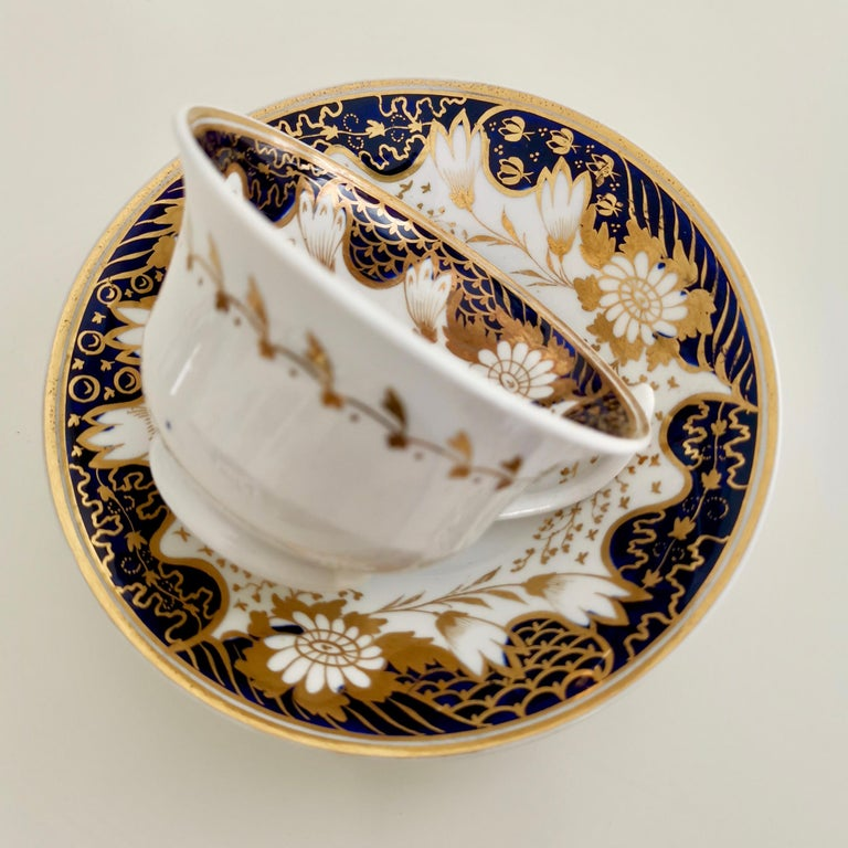 Hand-Painted Rathbone Teacup, Hand Painted Flowers, Regency circa 1815 For Sale