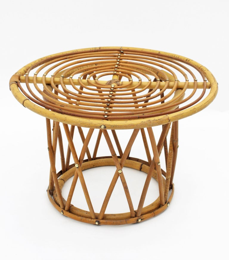 Mid-Century Modern Rattan and Bamboo End Side Table in the Style of Franco Albini For Sale