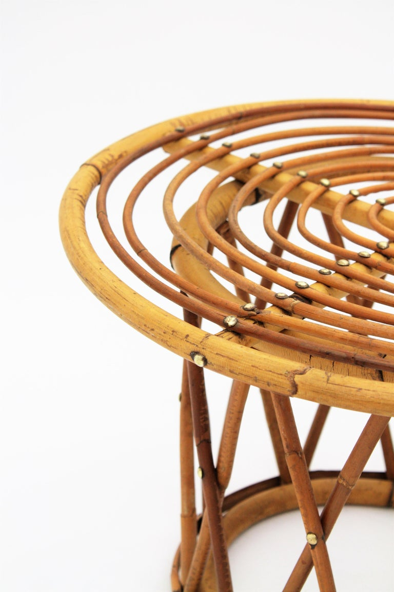 Rattan and Bamboo End Side Table in the Style of Franco Albini For Sale 2