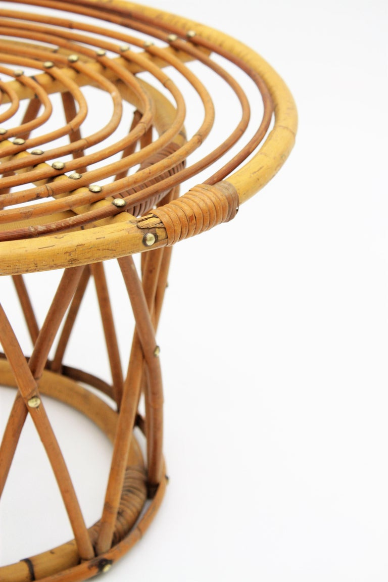Rattan and Bamboo End Side Table in the Style of Franco Albini For Sale 3