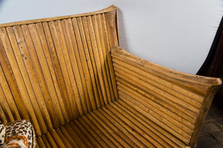 Rattan Settee with Schumacher Fabric Cushions, 1920s In Good Condition For Sale In Stamford, CT
