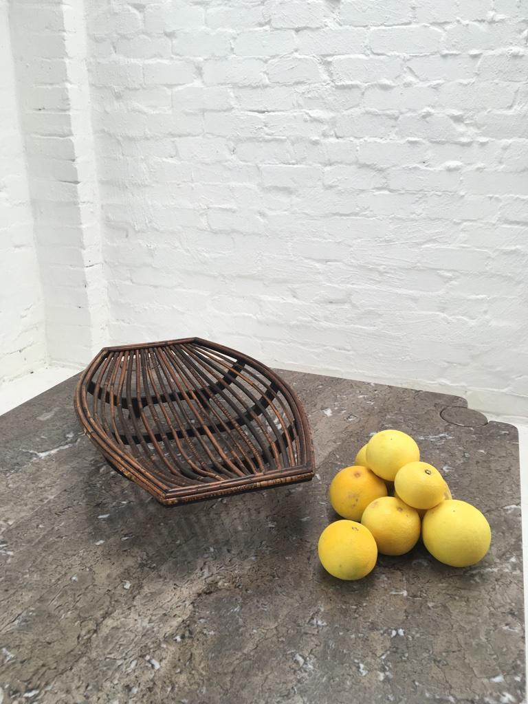Rattan Split Cane and Silky Oak Tiki Tribal Fruit Basket, Melbourne, circa 1950 For Sale 6
