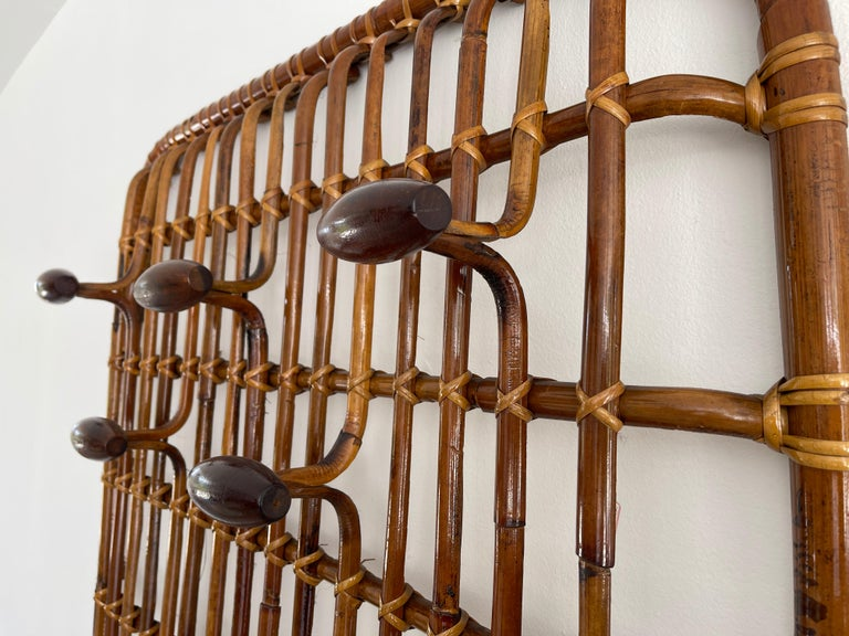 Mid-20th Century Rattan Wall Coat Rack For Sale