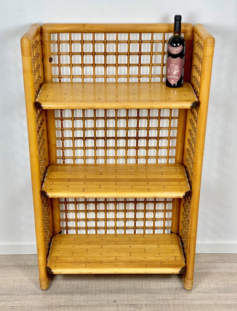 Mid-Century Modern Rattan, Wood and Brass Etagere Bookcase Shelf, Italy, 1960s For Sale