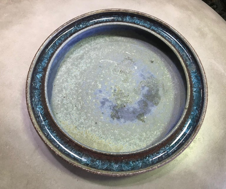 Raul Coronel Signed Mid-Century Modern Large Heavy Ceramic Pottery Bowl, 1960s In Good Condition For Sale In Studio City, CA