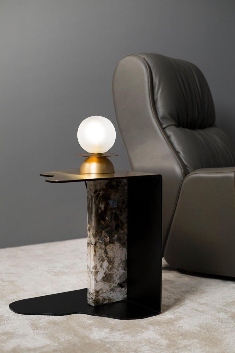 Modern Raw Side Table Calacatta Bianco Marble Polished Stainless Steel Black Lacquered For Sale