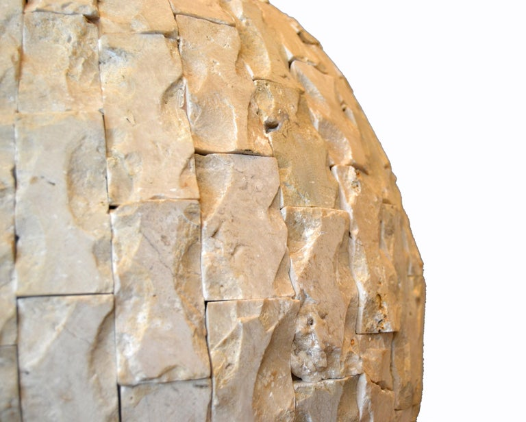 Raw Tessellated Fossil Stone Floor Vase In Good Condition For Sale In North Miami, FL