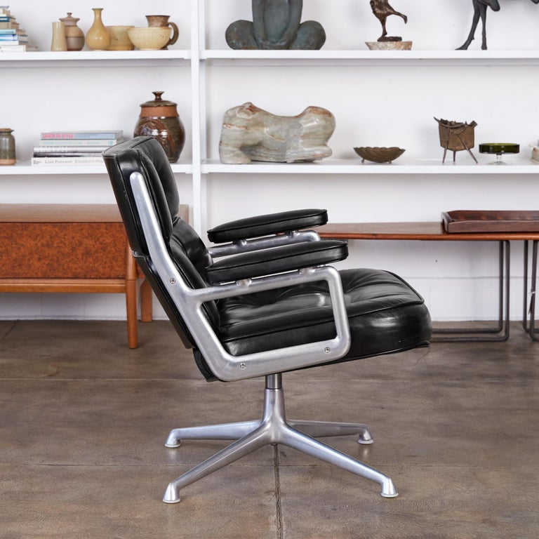 Aluminum Eames Time Life Lobby Chair for Herman Miller