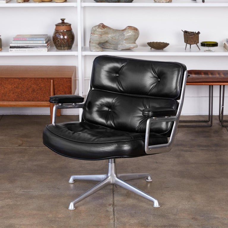 Eames Time Life Lobby Chair for Herman Miller 1