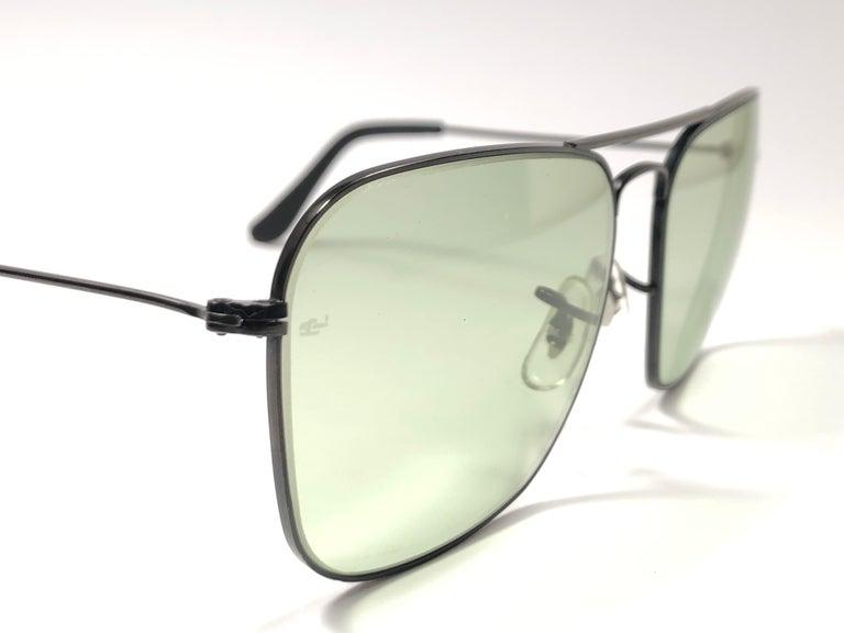 e84e6e6493a Women s or Men s Ray Ban Vintage Caravan Black Green Changeable Lenses B L  Sunglasses