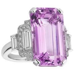 Raymond C. Yard 12.95 Carat Kunzite and Diamond Cocktail Ring