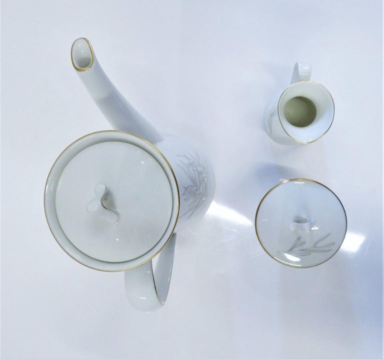 Raymond Loewy for Rosenthal Germany Modern Grasses Pattern Coffee Service 3 Pcs In Good Condition For Sale In Miami, FL
