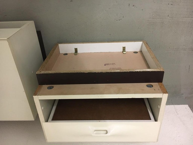 Raymond Loewy Pair of Bedside Tables by DF2000, France, 1960s For Sale 6
