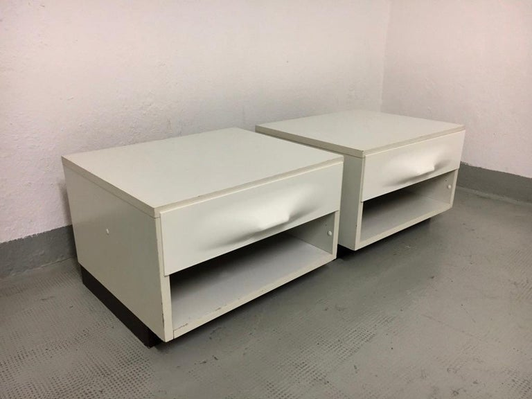 Laminate Raymond Loewy Pair of Bedside Tables by DF2000, France, 1960s For Sale
