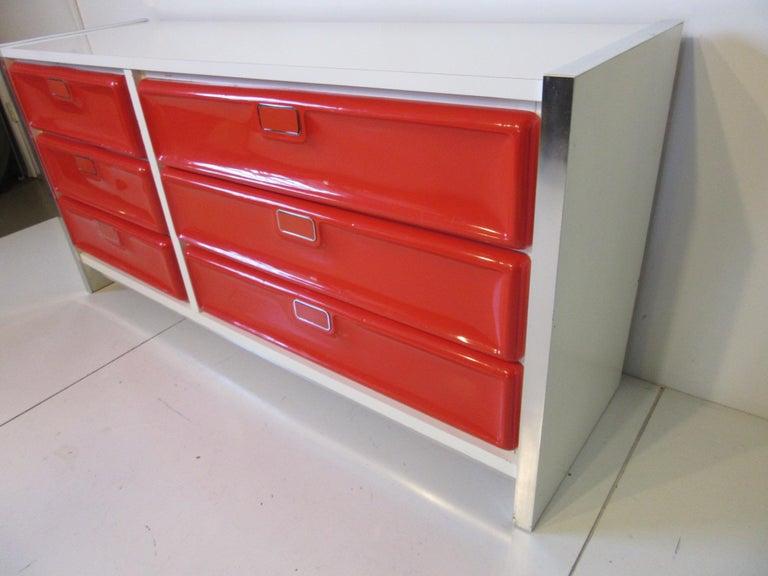 Modern Raymond Lowey/Broyhill Styled Dresser