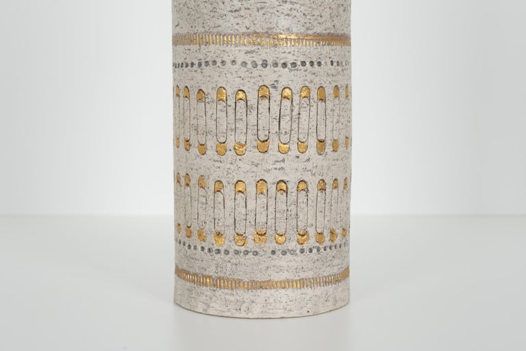 Mid-20th Century Raymor White and Gold Italian Vase For Sale