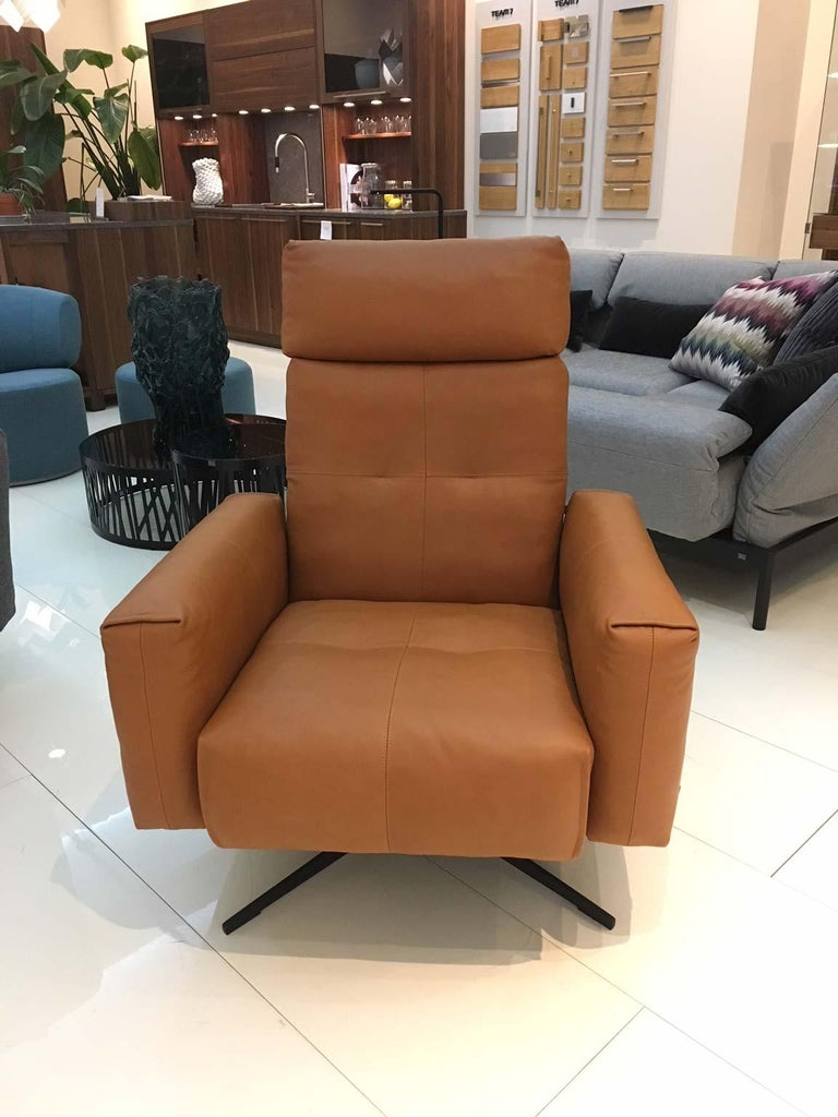 RB 50 Cognac Brown Leather Armchair with Black Four Star Swivel Base, Rolf Benz 2