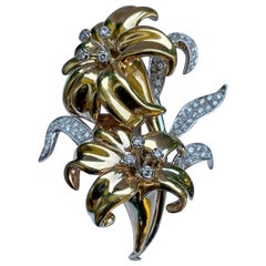 Realistic 18 Karat Gold and Diamond Three Dimensional Lily Flower Brooch Pin