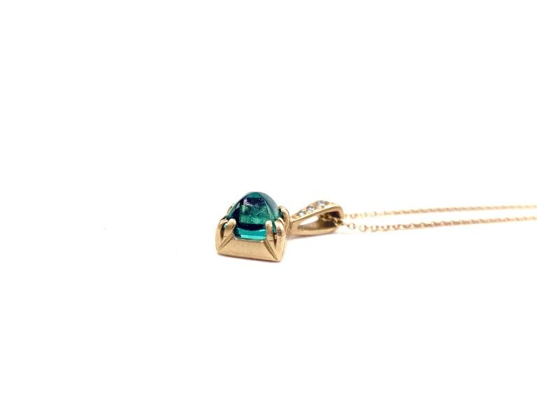 Artist Rebecca Overmann Vintage Natural Sugarloaf Emerald White Diamond Gold Necklace For Sale