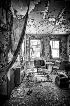 """""""Ruined"""", photograph, abandoned, metal print, black and white, TV, television"""