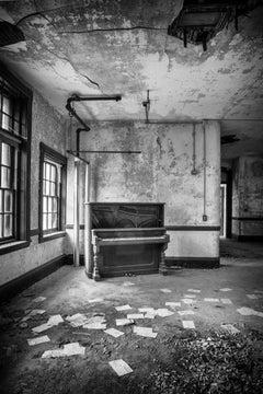 """Unorganized"", photograph, piano, abandoned, black and white, interior"
