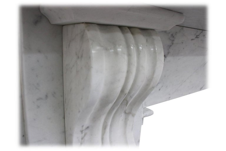 Reclaimed 19th Century Victorian Carrara Marble Fireplace Surround In Good Condition For Sale In Manchester, GB