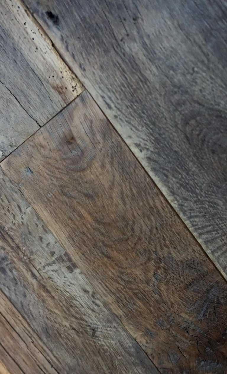 Reclaimed European Wood Flooring In Good Condition For Sale In Dallas, TX