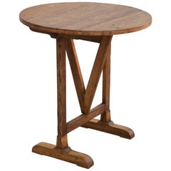 Reclaimed Pine Tilt-Top Table