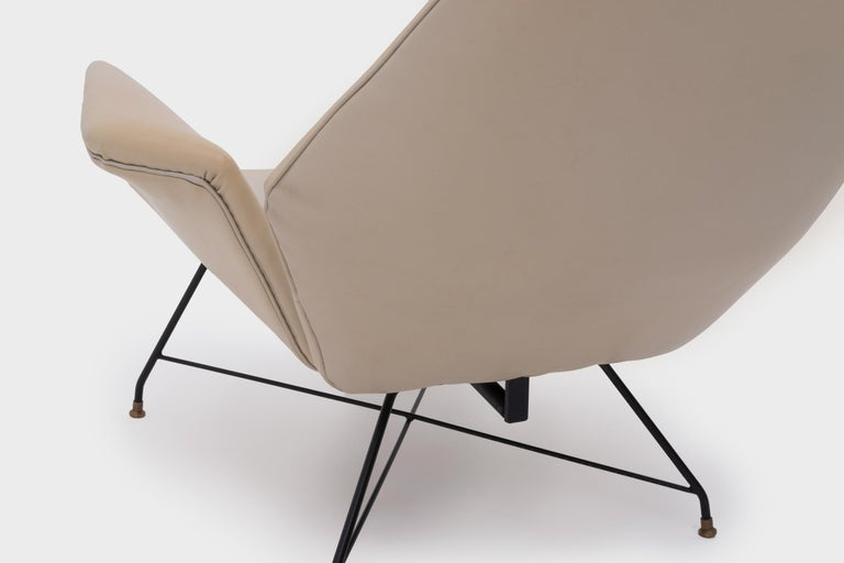 Recliner Lounge Chair 'Lotus' with Hocker by Augusto Bozzi for Saporiti, 1960s For Sale 1
