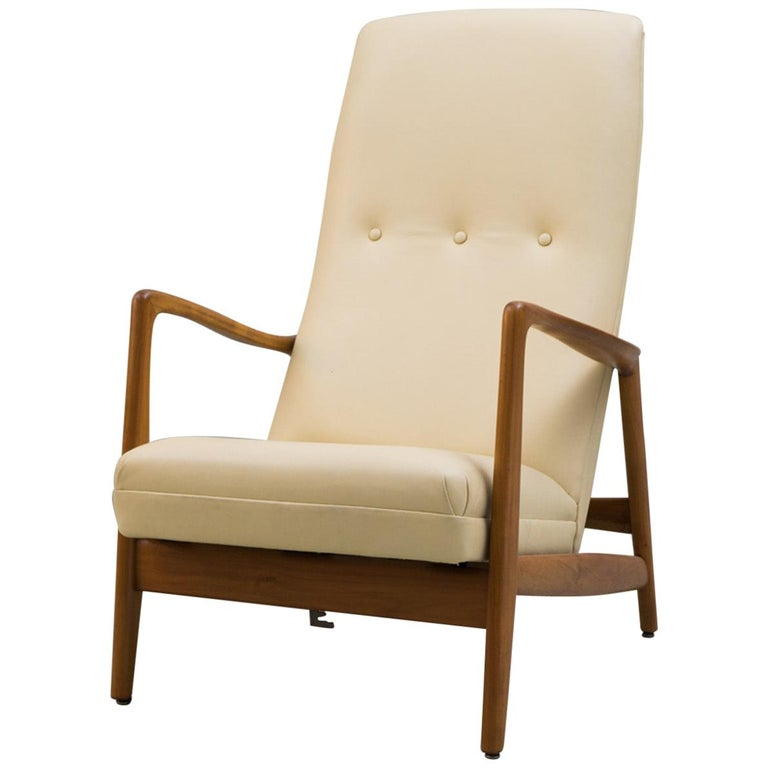 Reclining Armchair '829' in Cream Leather by Gio Ponti, 1960 For Sale