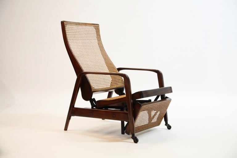Reclining Chair in Brazilian Jacaranda Rosewood and Cane, Brazil, circa 1940 For Sale 5
