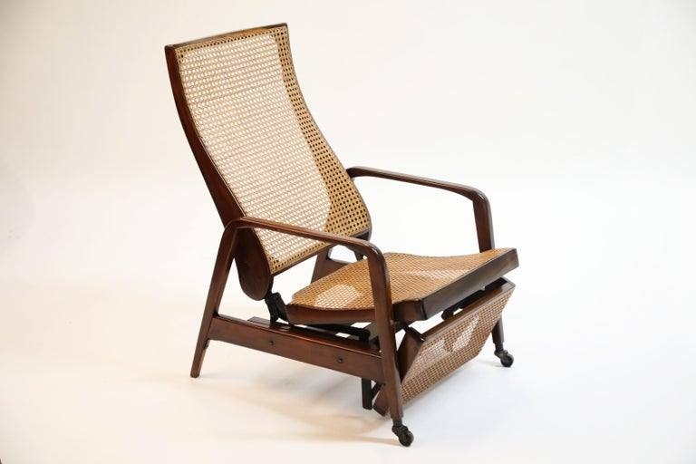 Reclining Chair in Brazilian Jacaranda Rosewood and Cane, Brazil, circa 1940 For Sale 6
