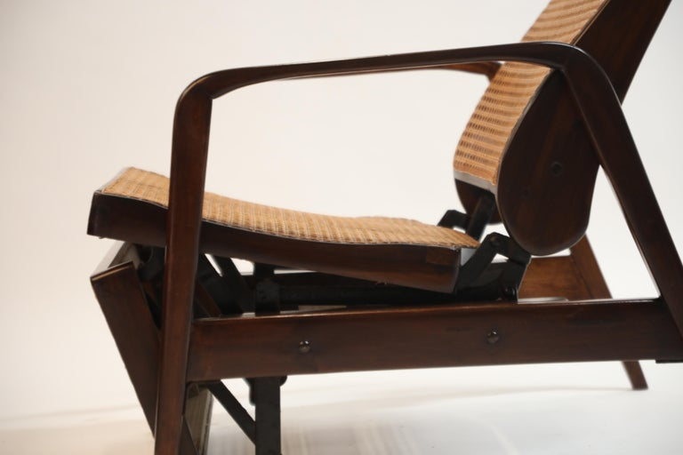 Reclining Chair in Brazilian Jacaranda Rosewood and Cane, Brazil, circa 1940 For Sale 13