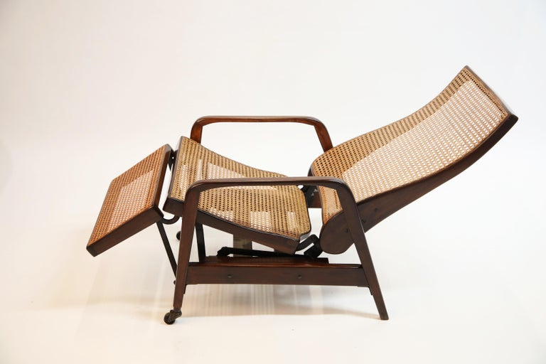 Mid-20th Century Reclining Chair in Brazilian Jacaranda Rosewood and Cane, Brazil, circa 1940 For Sale