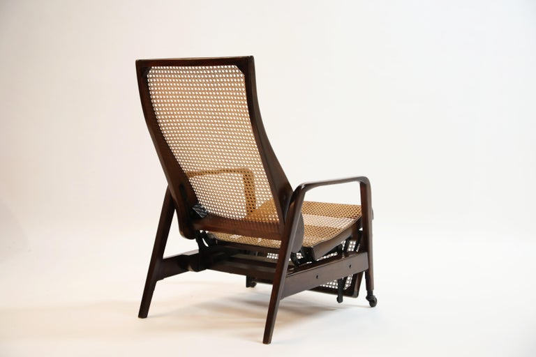 Reclining Chair in Brazilian Jacaranda Rosewood and Cane, Brazil, circa 1940 For Sale 3