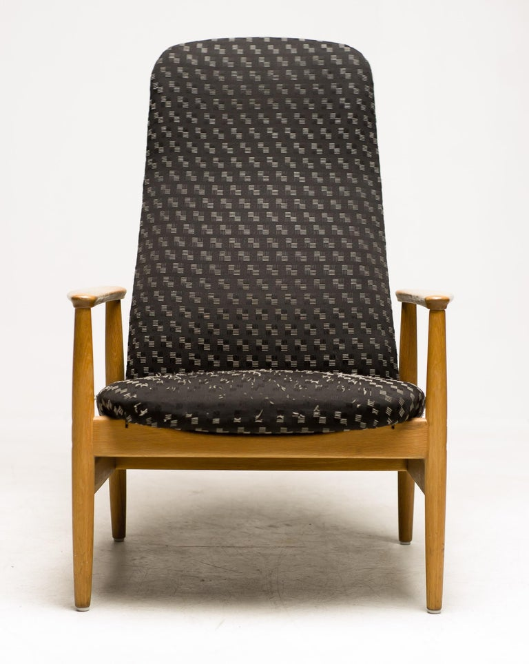 Scandinavian Modern Reclining Lounge Chair by Alf Svensson For Sale