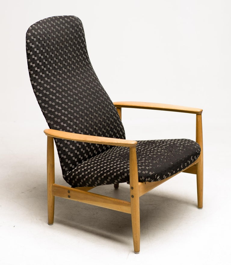 Swedish Reclining Lounge Chair by Alf Svensson For Sale