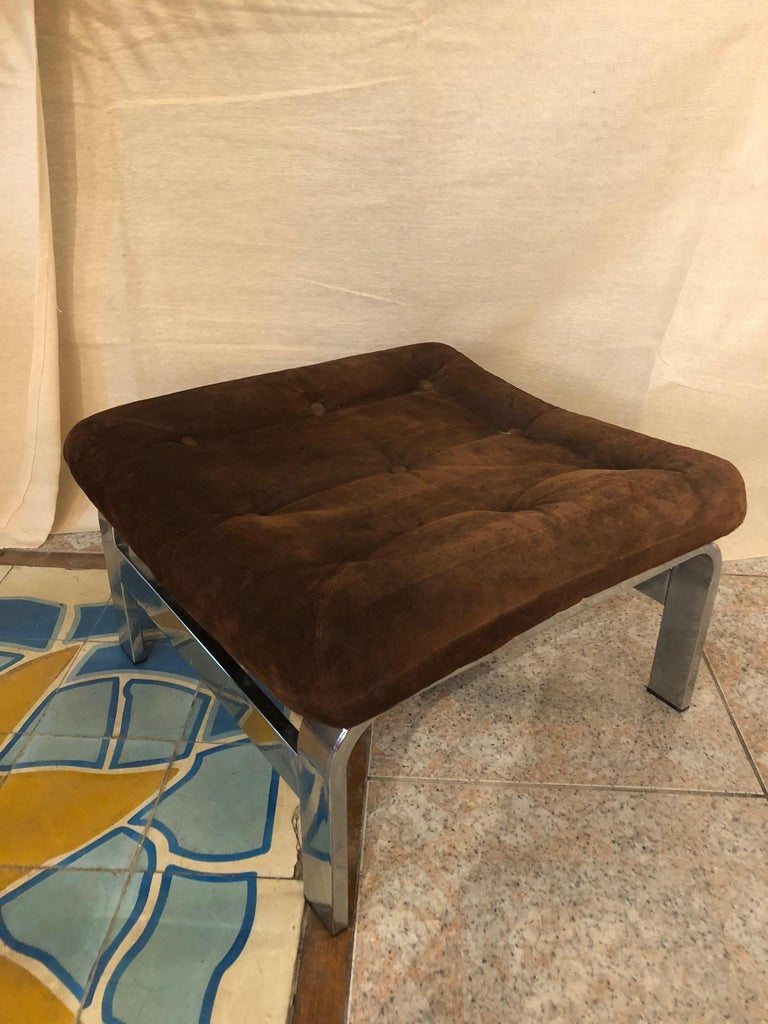 Reclining Suede Armchair with its Matching Ottoman For Sale 5