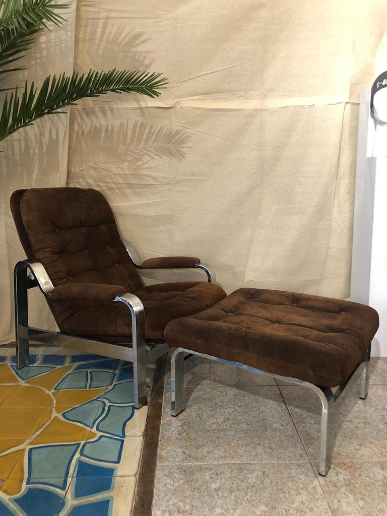 Reclining Suede Armchair with its Matching Ottoman For Sale 2